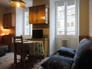 Nice Studio with Television and Microwave - Les Eaux-Bonnes vacation rentals
