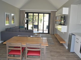 Cozy Resort with A/C and Shared Outdoor Pool - Simondium vacation rentals