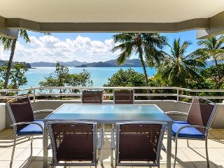 2 bedroom Condo with A/C in Hamilton Island - Hamilton Island vacation rentals
