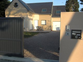 4 bedroom House with Internet Access in Lancieux - Lancieux vacation rentals