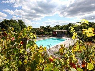 Cozy 2 bedroom Gite in Saint-Jean d'Eyraud - Saint-Jean d'Eyraud vacation rentals