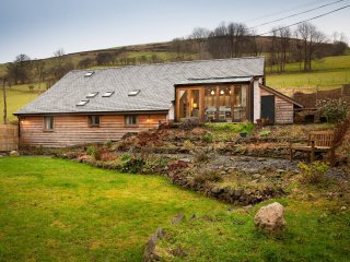 3 bedroom House with Internet Access in Abercegir - Abercegir vacation rentals
