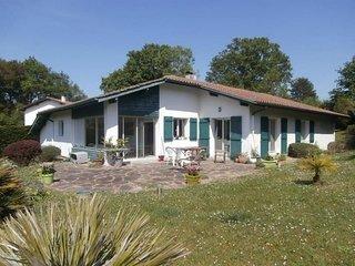 Villa Parisenea - LE CALME À 15MIN DE SAINT JEAN DE LUZ - Ascain vacation rentals