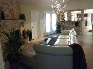 Spacious bedroom in a lake view home - Orange Park vacation rentals