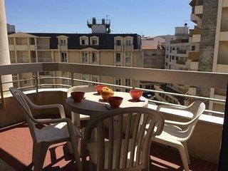 Résidence Victoria Surf C553 : centre-ville et accès direct à la plage - Biarritz vacation rentals