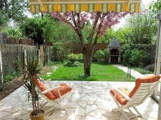 Cozy 3 bedroom House in Saint-Pair-sur-Mer - Saint-Pair-sur-Mer vacation rentals
