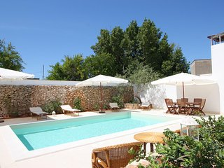 19th Apartment and Modern Pool - Racale vacation rentals