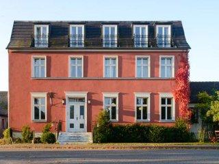 Fuchsbau - wunderschönes Landhaus mit Garten im Havelland - Bahnitz vacation rentals