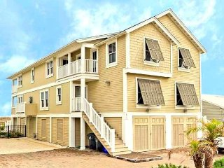 LUXURY 3 BR TOWN HOME WITH POOL - Fernandina Beach vacation rentals