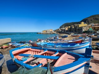 "Flat near the sea ""Russo"" - Aspra vacation rentals"