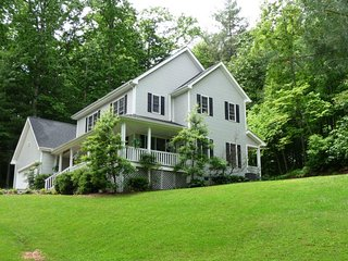 Forest Hill: Easy Day Trips- DuPont For Waterfalls, Hiking In Pisgah National - Edneyville vacation rentals