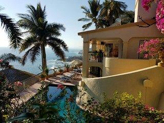 Villa Paraiso, 6 bedroom, 5 bath Villa. - Acapulco vacation rentals