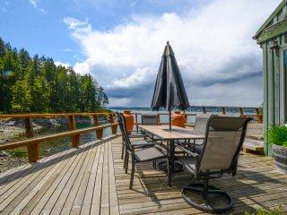 Vacation rentals in Quadra Island