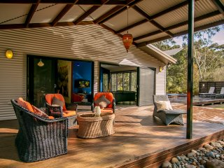 Luxury, Privacy & unique Australian experiences - Lake Conjola vacation rentals