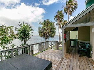 3BR Coastal Townhome w/ Bay Views & Private Pier – 5-Minute Drive to Beach - Chapman Ranch vacation rentals