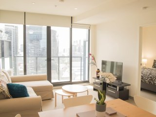 Stunning North Facing Apartment - Melbourne vacation rentals