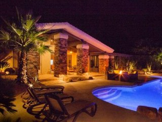 Desert Jewel! Cooling Patio Misters, Beautiful Mountain Views-Walk to El Paseo, - Palm Desert vacation rentals