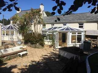 **NEW** SPECIAL OFFERS AVAILABLE** rural less than 30mins to the Coast! - Chacewater vacation rentals
