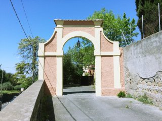 Newly renovated 1 bed apartment in 19th century Villa - Frascati vacation rentals