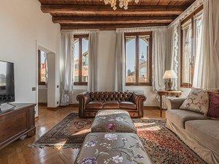 San Provolo luxury apartment by Saint Mark's - Venice vacation rentals
