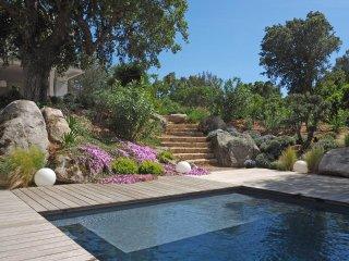 Villa d'architecte en pleine nature - Sainte Lucie De Porto Vecchio vacation rentals