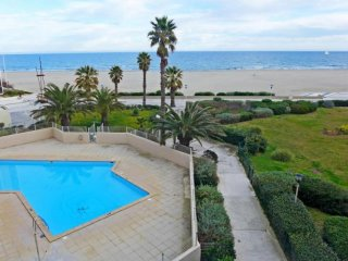 Romantic 1 bedroom Canet-Plage Condo with Television - Canet-Plage vacation rentals
