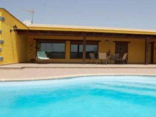 Comfortable 2 bedroom House in Lajares - Lajares vacation rentals