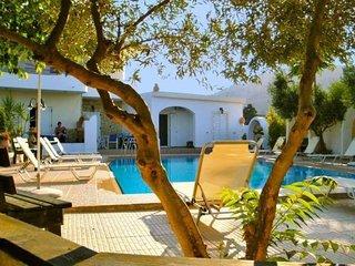 Glaros apartments - Kalyves vacation rentals