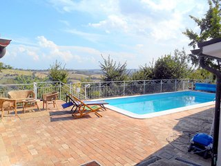 Nice Private room with Washing Machine and Shared Outdoor Pool - Castel Colonna vacation rentals
