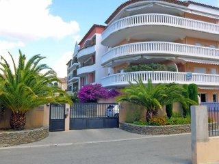 Bright 2 bedroom Condo in Saint Cyr sur mer - Saint Cyr sur mer vacation rentals