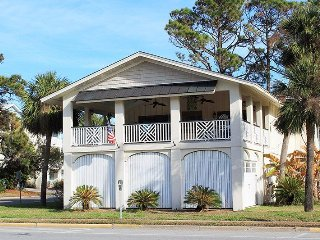 #15 6th Street - 1 Block from the Beach - FREE WiFi - Tybee Island vacation rentals
