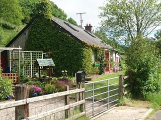 Comfortable Bungalow with Internet Access and Satellite Or Cable TV - Cushendun vacation rentals