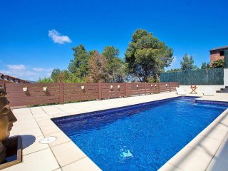 3 bedroom House with Internet Access in Canyelles - Canyelles vacation rentals
