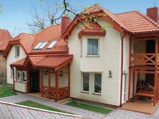 6 bedroom Villa in Sobieszow, Sudetes Mountains, Poland : ref 2224492 - Jagniatkow vacation rentals