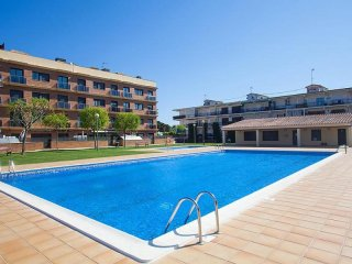 Comfortable Condo with Internet Access and Television - Cabrera de Mar vacation rentals