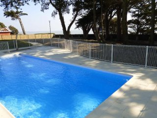 Bright Condo with Internet Access and Television - Pornic vacation rentals