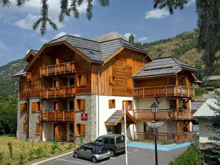 Beautiful Condo with Internet Access and Television - Serre-Chevalier vacation rentals