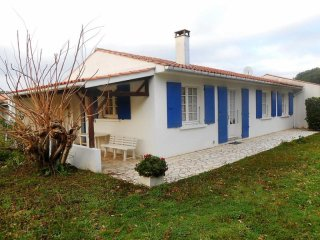 Comfortable 2 bedroom Vacation Rental in Ile d'Oleron - Ile d'Oleron vacation rentals