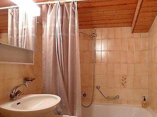 Comfortable 2 bedroom Condo in Randogne with Internet Access - Randogne vacation rentals