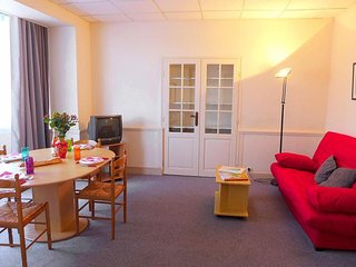 1 bedroom Apartment with Television in Dinard - Dinard vacation rentals