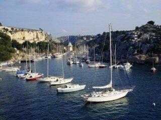 MyMaeva Louis Lumière - Bandol vacation rentals