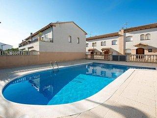 Nice House with Television and Microwave - El Roc De Sant Gaieta vacation rentals