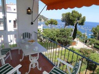 Comfortable 3 bedroom Condo in Calella De Palafrugell - Calella De Palafrugell vacation rentals