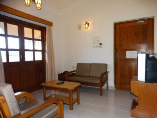 Ourgoaholidays 1 bhk 2nd floor in Candolim - Candolim vacation rentals