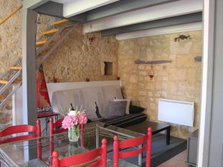 Petite maison charentaise à Jonzac - Jonzac vacation rentals