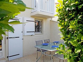 Beautiful House with Television and Microwave - Vaux-sur-Mer vacation rentals