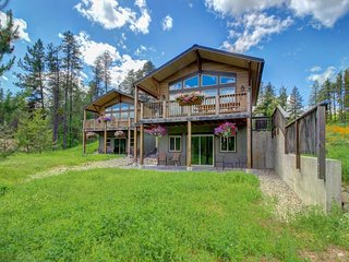 Natural beauty & modern comforts abound right near Glacier National Park! - West Glacier vacation rentals