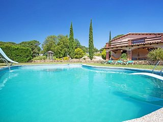 Nice House with Internet Access and Television - Riudarenes vacation rentals