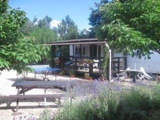 Mobil home près du Pont du Gard - Sernhac vacation rentals
