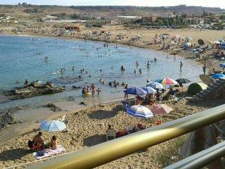 Casa sulla spiaggia a due metri dal mare - Pachino vacation rentals